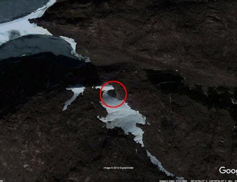 các thợ săn UFO đã tình cờ bắt gặp những hình ảnh khó giải thích ở Nam Cực.