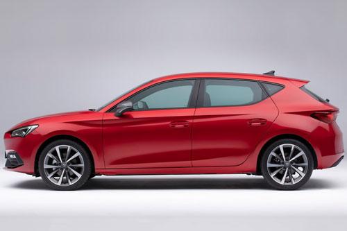 Xe hatchback đẹp long lanh, động cơ tăng áp, cạnh tranh với Mazda3