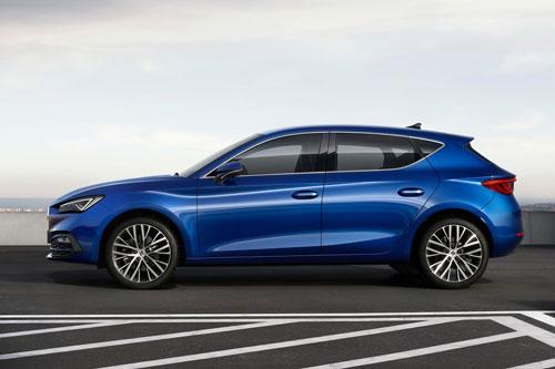 Cận cảnh đối thủ đáng gờm của Mazda3: Động cơ tăng áp, giá hơn 600 triệu