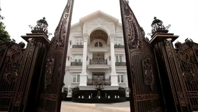 Những mỹ nhân Việt làm dâu gia tộc giàu có và bề thế - ảnh 2