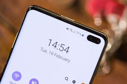 5. Samsung Galaxy S10 Plus (96 điểm).