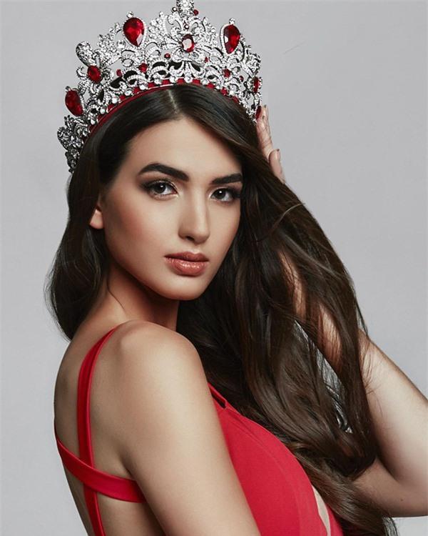 Những đối thủ đầu tiên của Khánh Vân tại Miss Universe 2020: Toàn chiến binh mạnh, đại diện Ấn Độ xứng đáng phải dè chừng! - Ảnh 11.