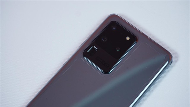Mở hộp Galaxy S20 Ultra chính hãng giá gần 30 triệu đồng - 4