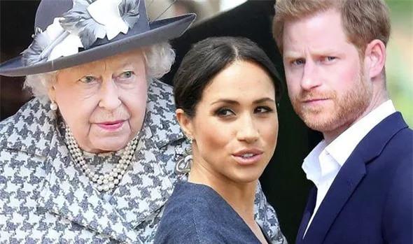 """""""Cuộc chiến"""" hoàng gia Anh: Nữ hoàng Anh chỉ nói đúng một câu cũng đủ để cho thấy vợ chồng Meghan Markle bị """"thất sủng"""" như thế nào - Ảnh 1."""
