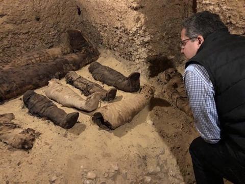 Nhiều xác ướp trong mê cung mộ cổ ở Ai Cập