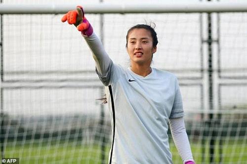 Zhao Lina: 29 tuổi, thủ môn ĐT Trung Quốc. Ảnh: Goal.com.