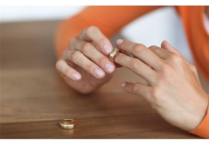 Cách ứng xử văn minh sau ly hôn để không làm ảnh hưởng tới con cái - Ảnh 2
