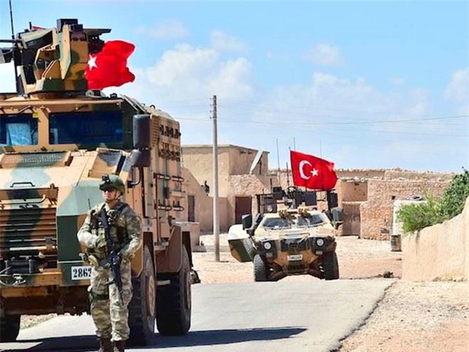 Điểm yếu chết người của quân Thổ ở Idlib - Ảnh 1.