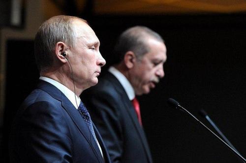 Tổng thống Nga Vladimir Putin đã có thái độ rất gay gắt với Tổng thống Thổ Nhĩ Kỳ Tayyiv Erdogan. Ảnh: Regnum.