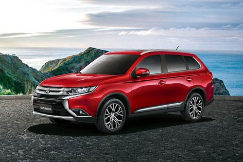 Đối thủ của Honda CR-V, Toyota Fortuner giảm giá 110 triệu đồng tại Việt Nam