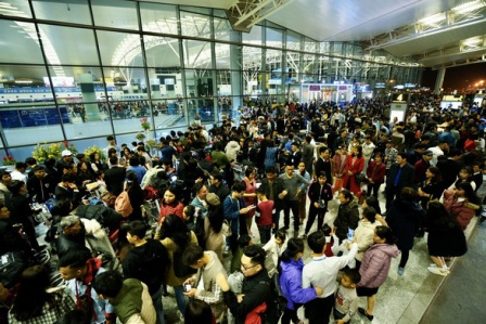 Mọi hành khách từ Hàn Quốc nhập cảnh vào Việt Nam sẽ phải cách ly 14 ngày