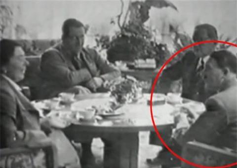 Bang chung Hitler tron qua duong ham, duoc nha giau giup do