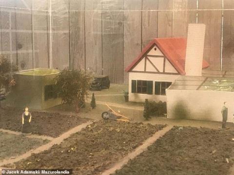 Một phối cảnh khu vườn phục vụ cho Adolf Hitler. Ảnh: Daily Mail/ Jacek Adamski