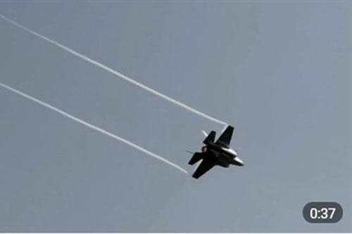 F-35 Mỹ tấn công vào lãnh thổ Syria ngay trước mắt S-400?
