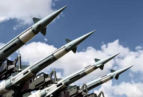 Các chuyên gia lo ngại về kịch bản chiến tranh hạt nhân. Ảnh: 3d generator/Shutterstock.com
