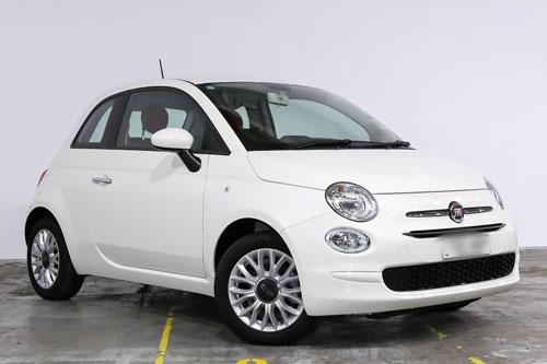6. Fiat 500 (doanh số: 172.260 chiếc).