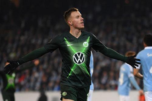 Tiền vệ trung tâm: Yannick Gerhardt (Volksburg).