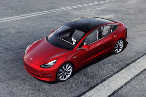 10. Tesla Model 3 (doanh số: 293.869 chiếc).
