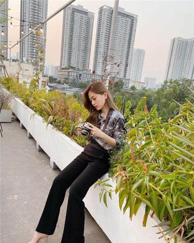 Ngắm dàn Hoa – Á hậu Việt ra ngay cả loạt công thức lên đồ tới công sở mà chị em nào cũng có thể copy theo - Ảnh 2.