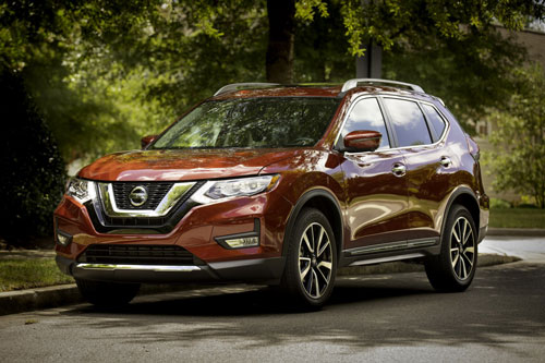 10. Nissan Rogue (doanh số: 389.582 chiếc).