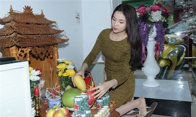 van khan than tai mo hang-phunutoday