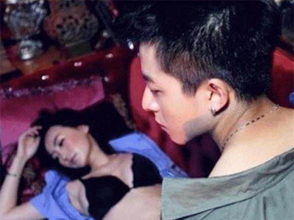 Không chỉ vì Vương Phi, đây mới là lý do thật sự khiến Tạ Đình Phong nhất quyết ly hôn Trương Bá Chi - Ảnh 4