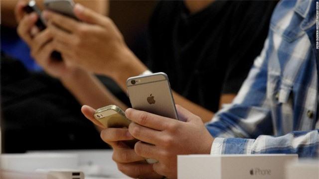 Mỗi người dùng iPhone đời cũ có thể nhận được 25 USD từ Apple - Ảnh 2.
