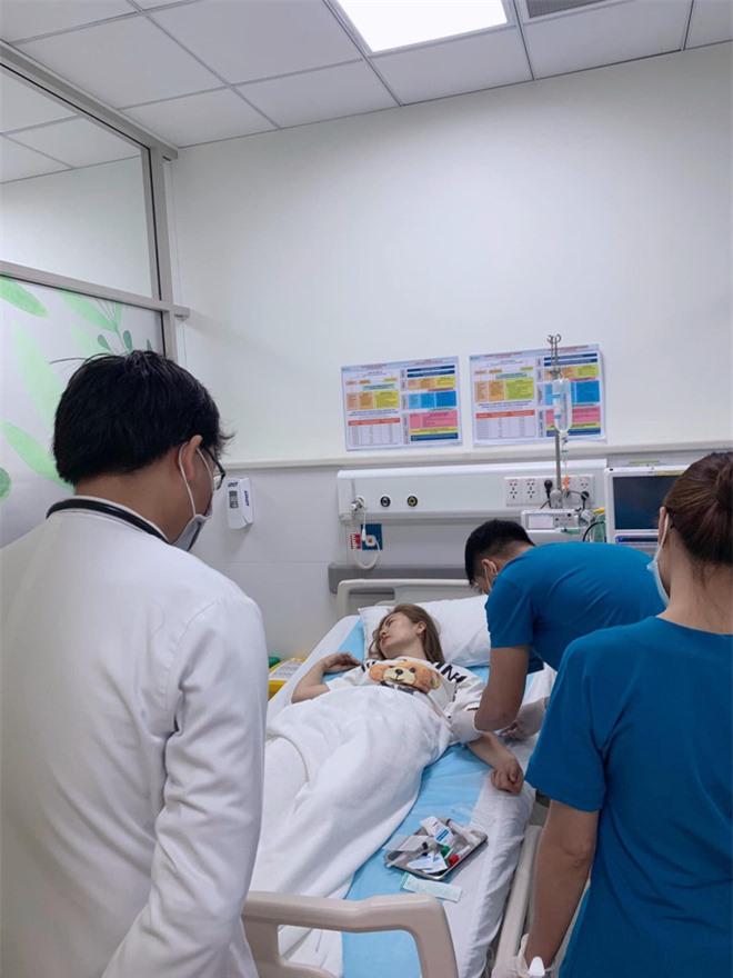 Ngọc Lan bất ngờ nhập viện lúc nửa đêm nhưng chia sẻ của cô với bác sĩ mới làm khán giả dở khóc dở cười  - Ảnh 2.