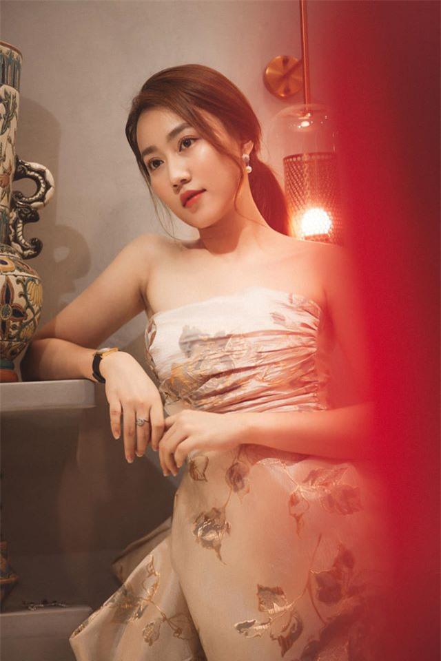 Nữ diễn viên lên tiếng xác nhận đang tìm hiểu cầu thủ Tiến Linh là ai và nổi tiếng cỡ nào? - Ảnh 1.