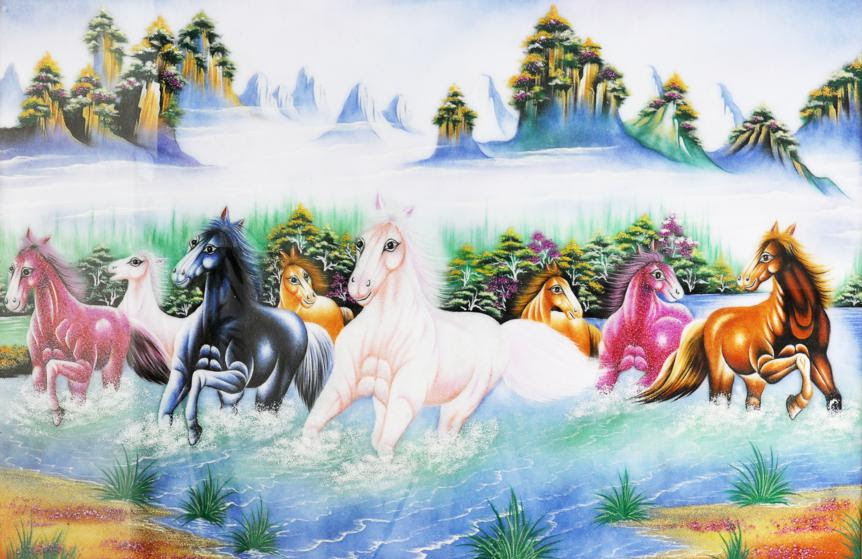 Không treo tranh ngựa chạy bát đản