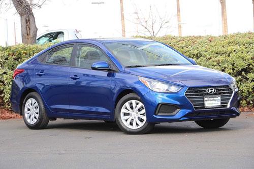 3. Hyundai Accent 2020 (giá khởi điểm: 14.295 USD).