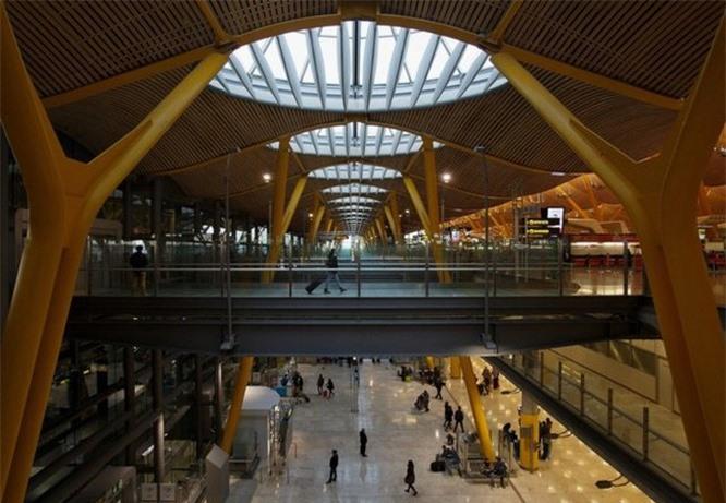 Chiêm ngưỡng 14 sân bay đẹp nhất thế giới - ảnh 1