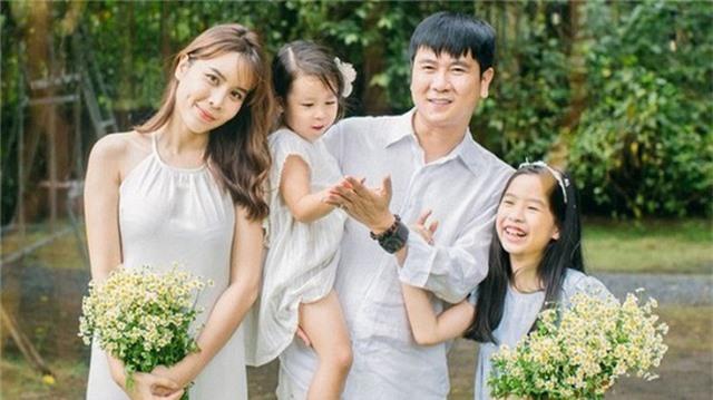 Hồ Hoài Anh tặng Lưu Hương Giang nhẫn kim cương sau ồn ào ly hôn - 3