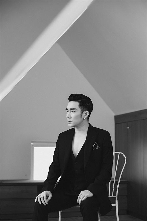 Quang Hà bị hủy 21 show vẫn tung MV mới - Ảnh 1.