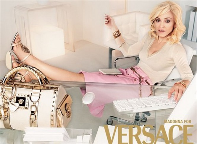 Top 10 thương hiệu thời trang xa xỉ nhất thế giới - ảnh 8