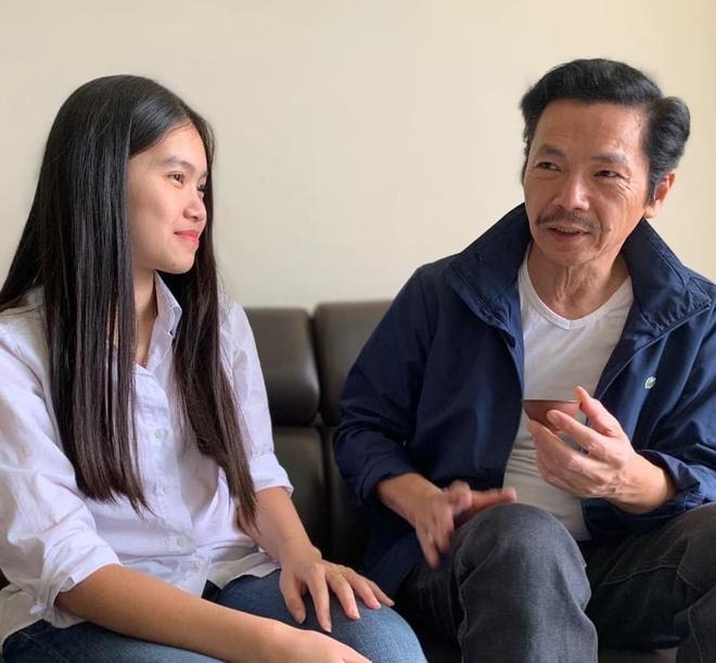 Nghệ sĩ Trung Anh dặn dò con gái 17 tuổi.