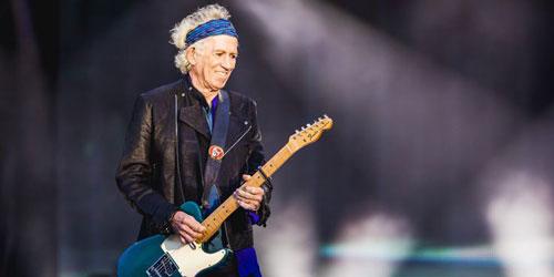 Keith Richards là nghệ sĩ chơi guitar chính và đồng sáng lập của ban nhạc rock người Anh, The Rolling Stones