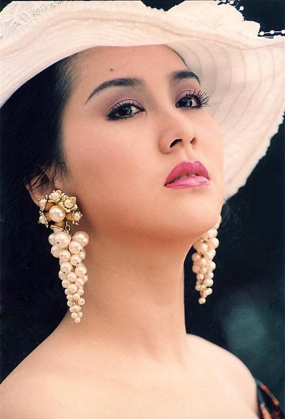 cuoc-song-cua-mong-van-sau-khi-ly-hon-chong-dai-gia-gio-ra-sao-2-ngoisao.vn-w566-h831 12