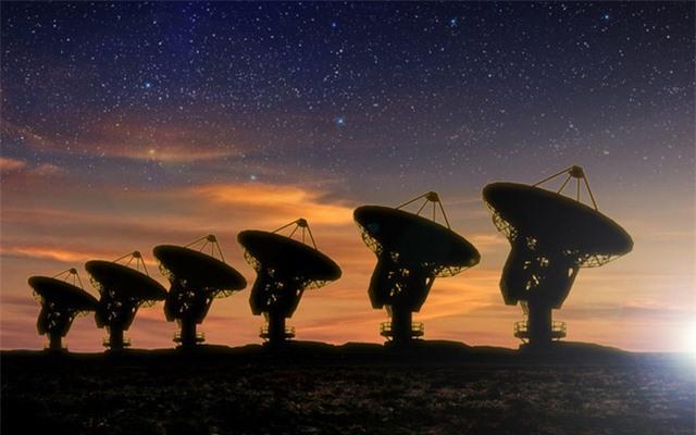 Thuyết Khu rừng đen tối và tại sao chúng ta vẫn chưa tìm thấy người ngoài hành tinh - Ảnh 4.