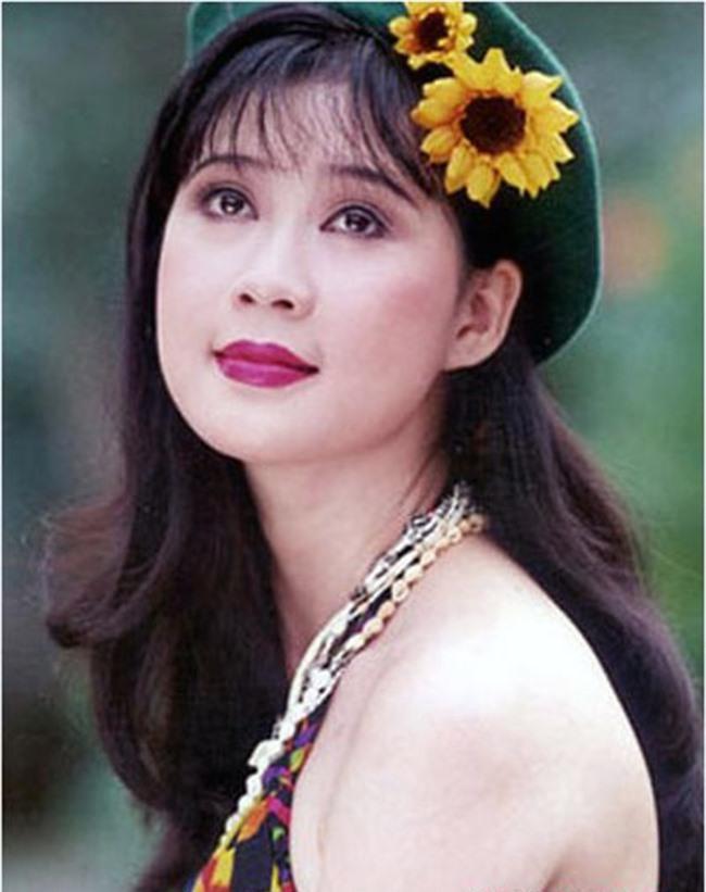 """Ảnh độc tứ đại mỹ nhân Sài Gòn """"xưa"""" - 6"""