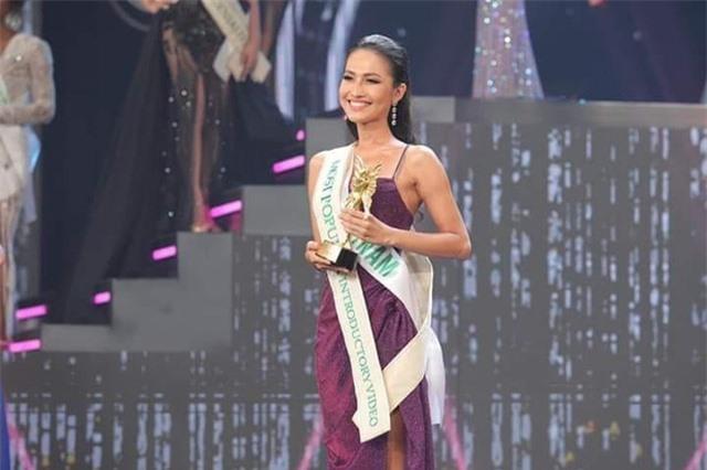 Hương Giang nói gì khi Hoài Sa dừng Top 12 Hoa hậu Chuyển giới Quốc tế? - 1