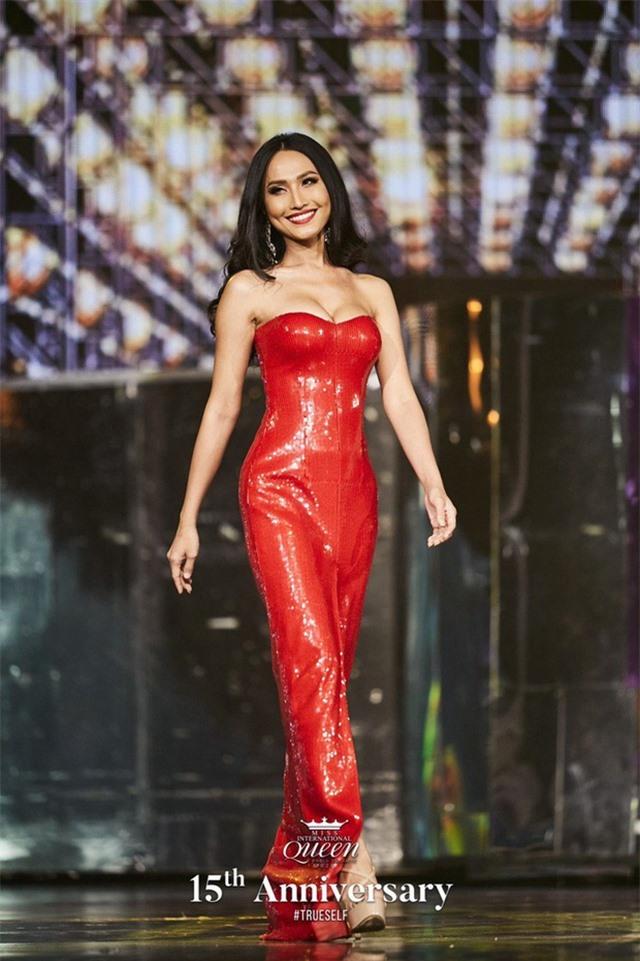 Hương Giang nói gì khi Hoài Sa dừng Top 12 Hoa hậu Chuyển giới Quốc tế? - 2