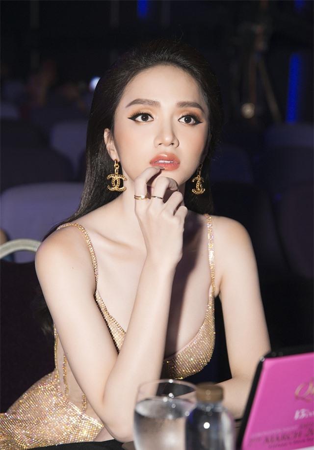 Hương Giang nói gì khi Hoài Sa dừng Top 12 Hoa hậu Chuyển giới Quốc tế? - 3