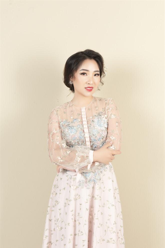 Mỹ nữ hát nhạc Nga Yên Hà tung ca khúc đầy xúc động về tình mẹ - Ảnh 6.