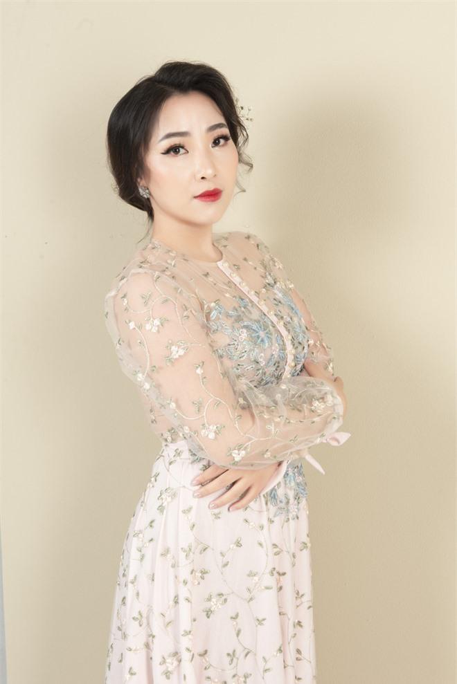 Mỹ nữ hát nhạc Nga Yên Hà tung ca khúc đầy xúc động về tình mẹ - Ảnh 7.
