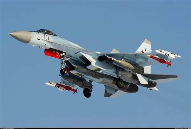 Su-35 Nga mang tên lửa R-77 sẽ là nỗi kinh hoàng đối với Không quân Thổ Nhĩ Kỳ tại Syria - Ảnh 1.