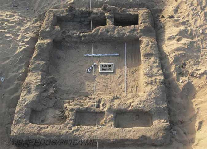 Các ngôi mộ và dấu tích của một thành phố cổ đã được phát hiện gần Abydos. (Ảnh: Bộ Cổ vật Ai Cập)