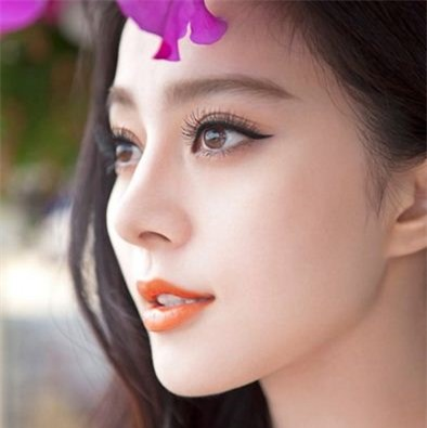 Phụ nữ có sống mũi cao và thẳng là người có mệnh phú quý, được yêu chiều và trân trọng như nàng công chúa