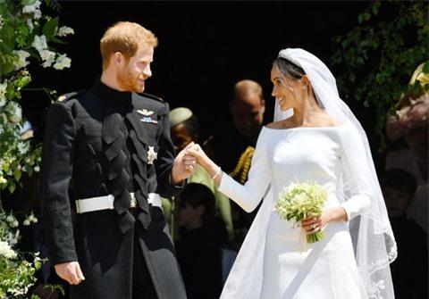 Không chỉ vợ chồng Meghan Markle, đã từng có những cuộc đánh đổi tước vị trở thành thường dân gây chấn động các Hoàng gia 5