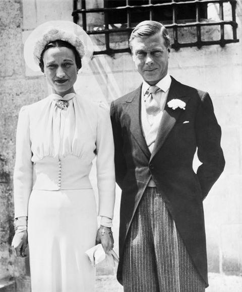Không chỉ vợ chồng Meghan Markle, đã từng có những cuộc đánh đổi tước vị trở thành thường dân gây chấn động các Hoàng gia 4